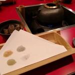 竹壺 - 料理写真:塩とつきだしと釜