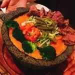 サルサカバナ バール - メキシカン溶岩チーズ鍋(2人前) ¥2000