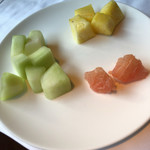 chuugokuryourishisen - 家長が持って来てくれた果物。