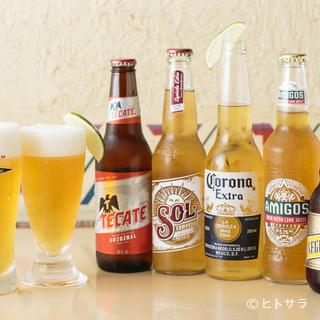 メキシコ料理と本格的なメキシカンビール『コロナ』と『テカテ』