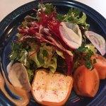 サラマンジェ ドゥ カジノ - 野菜もたっぷり