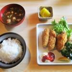 田仲家 - 期間限定・牡蠣フライ定食 650円(税込)。        2018.02.23