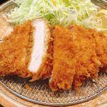 とんかつ武信 - ロースかつ膳 竹(130g) 1,620円 さっくりと揚げられた林SPF豚のロース。