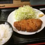 Kushiagepin - ロースカツ定食(¥880円)
