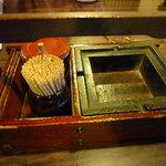 東京庵別館 - 灰皿が置いてある蕎麦屋さん・・・