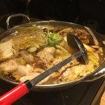 九州薩摩地鶏の個室居酒屋 九遠 - 薩摩地鶏の濃厚鶏すき焼き