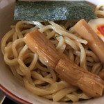 麺屋ジョニー - 麺はこの極太麺
