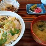 仲よし - 親子丼、¥800。