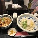 饂飩工房 うばら - とり天丼定食(800円)
