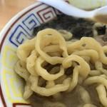 麺屋十郎兵衛 - 煮干拉麺(濃厚)の麺アップ