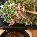 元祖瓦そば専門店 瓦 - たっぷりの肉パクチー