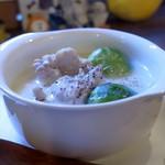 灯 - 鶏肉と芽キャベツのクリーム煮
