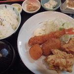からあげ専門店 とりの - 料理写真:ミックスフライ定食 2015.11.29
