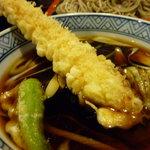 東京庵別館 - 天もりの付け汁…大きな海老