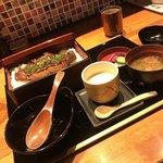 咲椀 - 炭焼き味噌豚重御膳 1570円税別