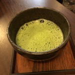 浅草花月堂 - 抹茶ぜんざいの抹茶。ややこし〜