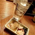 海の幸 美味 - 料理写真:とーし&サワ(レモン);左の味噌煮は鮫(アブラツノザメ)とオモ(^^♪~ @2018/02/17
