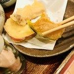 みかん - テーブルに置いてあった岩塩をかけて食べる❤️