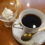 舘 - ウインナーコーヒー