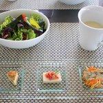シーフォレスト - ランチ前菜、グリーンサラダ、スープ