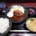 81478724 - 温玉デミハンバーグ定食¥630-