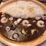 マリンワールドレストラン レイリー - 料理写真:シーフードカレー980円