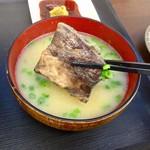 志摩の海鮮丼屋 - 今日のあら汁は大当たり~(嬉)♪