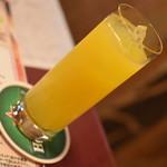 シーハーズ - ファジーネーブル(料理1品とドリンク1杯で750円相当)