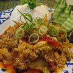 jasumintai - カレーは小ぶりでカワイイ盛り付け
