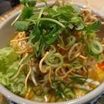 jasumintai - 一緒に行った人が食べていた麺のランチ(写真だけとらせてもらいました)