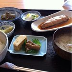 じゃが福 - 日替り定食の魚(鱒の醤油漬け)800円