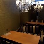 個室と肉バル enishi - 内観写真: