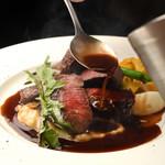 自家製マデラソースに、鳥取県産の黒毛和牛の旨みが広がる『ランプステーキ』