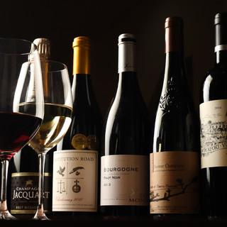 遊び心あふれるシェフが厳選した「今週の原価ワイン」に注目