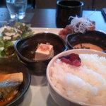 kawara CAFE&DINING + PLUS - 鶏から定食