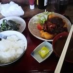 セブン - 料理写真:味噌カツ定食 800円