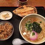 能古うどん - 料理写真:かしわごぼうセット かけ
