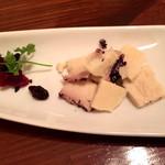 トラットリアバールイタリアーノ レガーミ - 贅沢なチーズ!テストゥン・アル・バローロ!