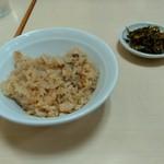 長浜ラーメン - かしわ飯と高菜