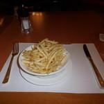 SATSUKI - 定番のフライドポテトです。
