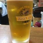 81517746 - 寿司にビールはマストでしょう(≧∀≦)平日だけど、まあ大目にみてね〜