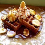 cafe Yummy Waffle - バナナキャラメルワッフル!