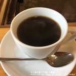 まつや - ランチタイムは+100円のホットコーヒー