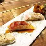 肉寿司 - 炙り肉寿司盛り合わせ。