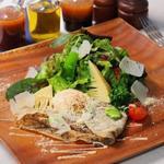 THE BUND - モルタデッラと春野菜のガレットサラダ