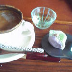 8153927 - 上生菓子とコーヒーのセット
