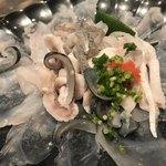 稲城 ヨロシク寿司 - 天然フグ