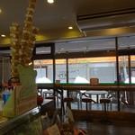 カフェeジェラート モアレ - 店内