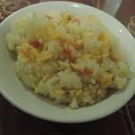 上海厨房 家楽 - 水分の多いチャーハン