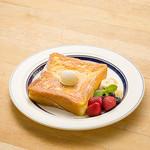 エッグスンシングス - フルーツ・フレンチトースト